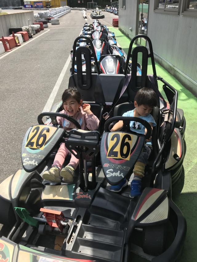 兄弟でレーシングドライバー!!